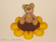 SUNFLOWER BEAR (Betty's Cutie Stuff) Tags: cute art handmade polymerclay gift handcrafted etsy figurine decor homedecor available madewithlove handsculpted bearcollection