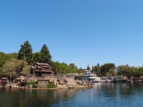 Disneyland - Rivers of America