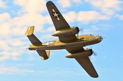 """Heritage Flight Foundations B-25J is that of """"number 810"""" (BnGphotos) Tags: world field vintage flying war wwii ii era boeing machines airports mitchel everett bombers paine b25 mukilteo avaition kpae"""