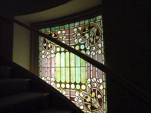 P1000554-2011-09-25-APC-Sacred-Spaces-Tour-North-Avenue-Presby-Balcony-Stair-Stained-Glass