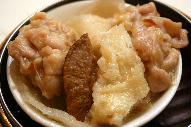 Braised fish maw with mushroom and chicken