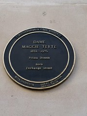 Photo of Maggie Teyte blue plaque