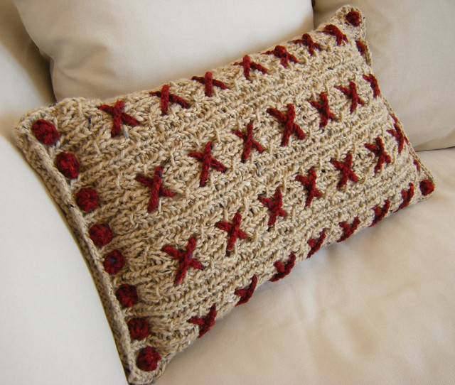 Cranberry Kisses Reversible Knitted Cushion Cover