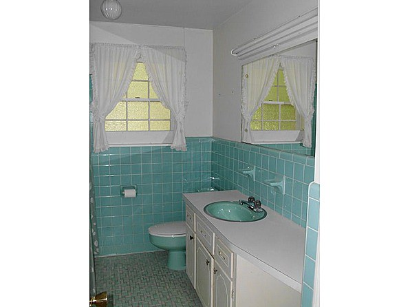 aqua flooring bathrooms the world s best photos of 1960s and bath flickr hive mind 10117