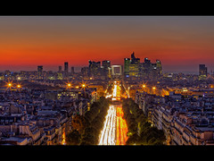 Sunset sur la Dfense (Christophe Bailleux Photography) Tags: voyage travel light sunset paris france building night photoshop canon landscape europe visit arcdetriomphe 70200 champselyses hdr visite ladfense dfense arche paysageurbain photmatix 5dmarkii