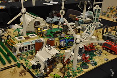Numereji 2421: Yupa's Earthship and Farm (Yupa-sama) Tags: lego display convention 2011 2421 brickcon numereji