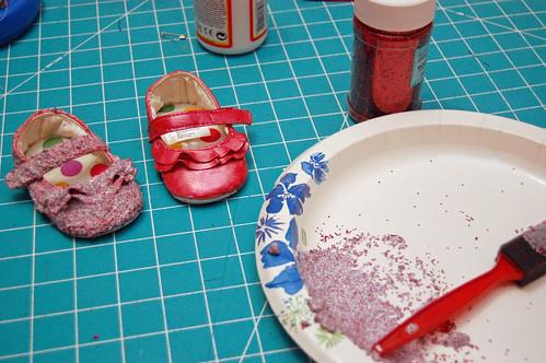 04 Glitter Shoes