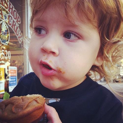 PB&banana cupcake boy