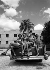 Havana Miramar, 1999 (Riverman___) Tags: blackandwhite tree blancoynegro film car 50mm md minolta 28mm havana cuba palm 1950s miramar x700 rokkor