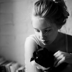 225 | 365 (angiel) Tags: blackandwhite cat monotone pensive 2011 angiel 365project