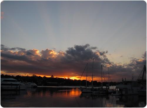 20110907_sunsetfishmarket