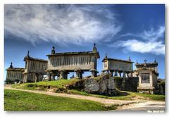 Espigueiros do Soajo (vmribeiro.net) Tags: portugal geotagged interestingness 274 gerês geres arcos soajo espigueiros valdevez 20110911 geo:lat=41872526806735536 geo:lon=82623683224067