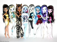 My Monster High Collection. (x0RoseAnn0x) Tags: abbey monster high frankie collection spectra cleo lagoona my ghoulia clawdeen draculaura
