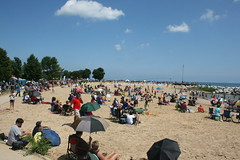 McKinley Beach (compujeramey) Tags: beach lakemichigan milwaukee lakefront mckinleybeach