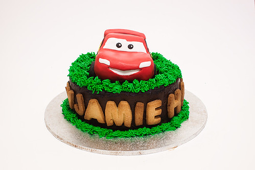 Cars McQueen Cake