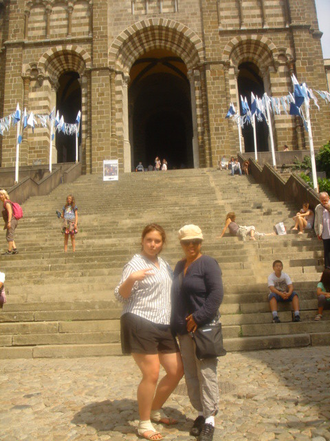 Roz_and_I_in_front_of_the_church