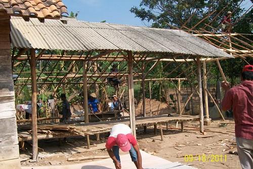pembangunan tempat belajar & shelter darurat