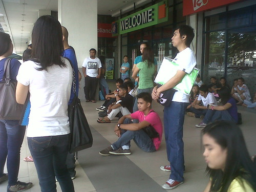 NBI clearance applicants waiting