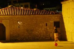 Safranbolu at night - playing in front of the mosque (10b travelling) Tags: ctb ball turkey children football asia europa europe play turkiye middleeast mosque ten carsten anatolia safranbolu brink turchia turkei 10b cmtb tenbrink