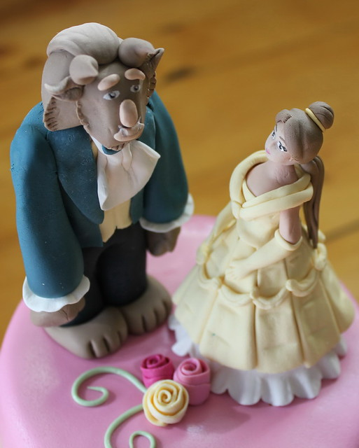 Beauty and the Beast Cake3