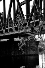 (A-cat-and-a-half) Tags: street bridge boys water sport youth river nikon candid streetphotography dare candids fromthehip nikond90