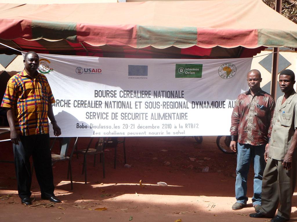 3 leaders togolais participants à la bourse agricole BF