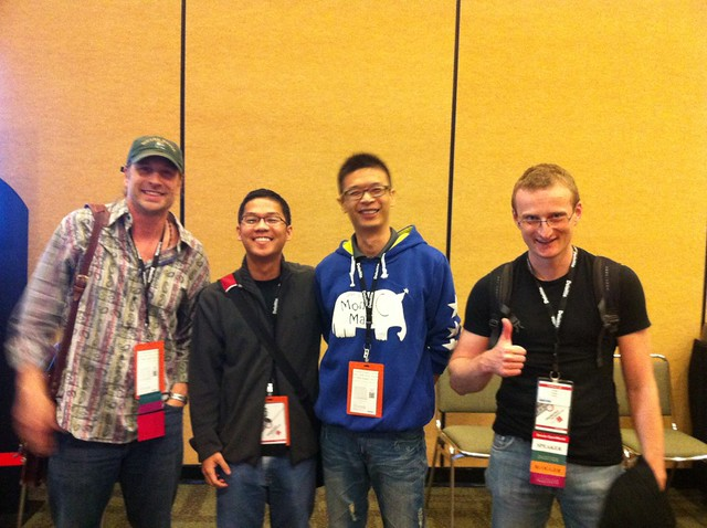 Kerry Osborne, Karl Arao, Me and Tanel Poder in OOW2011