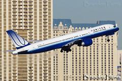 N553UA United Airlines 757-222 (Brandon Farris Photography) Tags: las canon rebel lasvegas united boeing ual 100400mm klas 757 ua unitedairlines boeing757 unitedair 757200 752 100400mmf4556 n553ua boeing752 brandonfarris seahawks7757 canonrebelt2i