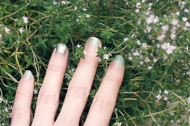 nails z