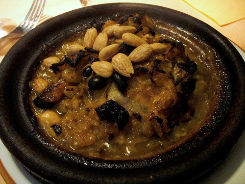 Tagine with Chicken and Almonds