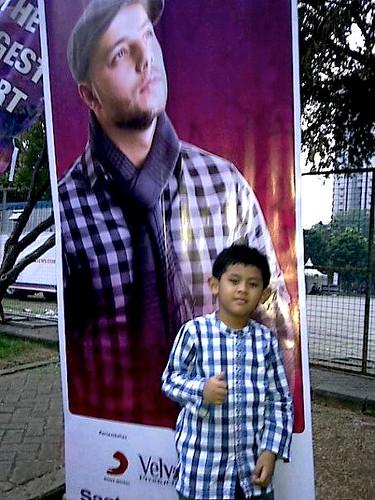 Lagu Maher Zain dicintai anak-anak, Maher Zain, Istora Senayan Jakarta, Konser silaturahim Indonesia