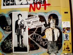 paredes (cuerpo de sal corazndeazcar) Tags: chile city santiago art wall pared education capital educacin universidaddechile lavn nolucro