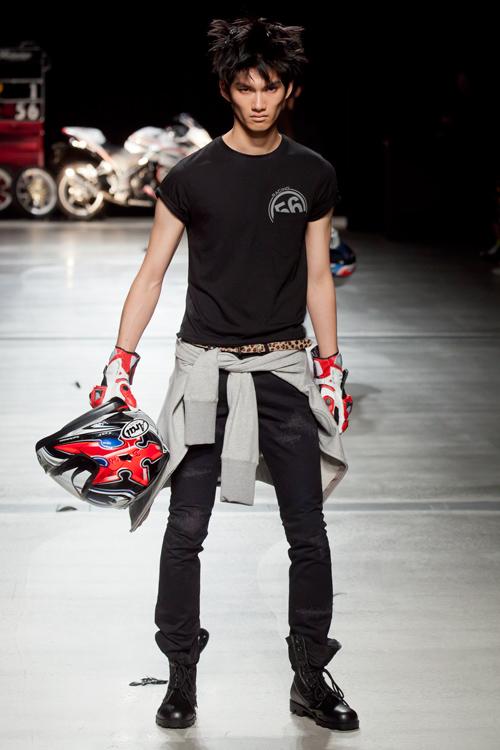 SS12 Tokyo HEADL_INER074_Ryohei Yamada(Fashion Press)