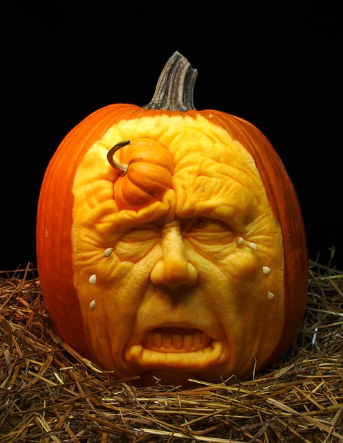 Ray Villafane - carved pumpkin 8