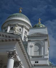 IMG_1391-581.jpg (Joo Caetano Dias) Tags: finland helsinki cathedral catedral helsnquia finlndia
