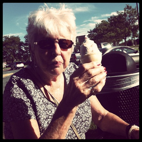 Ice cream with gram