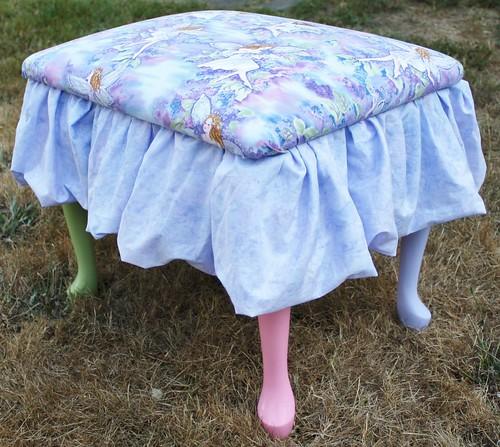 Lexie's vanity stool (4)
