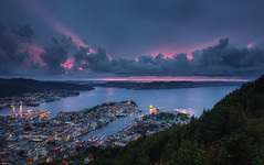 Bergen Harbour (TheFella) Tags: ocean city longexposure pink blue trees sunset sea sky sun mountain mountains slr norway clouds digital port photoshop canon boats eos norge photo high europe cityscape dynamic harbour dusk ships explore photograph processing slowshutter 5d inlet nordic rays bergen dslr scandinavia range frontpage hdr highdynamicrange hordaland fløyen markii sevenmountains postprocessing photomatix explored explorefrontpage fløyfjellet kingdomofnorway thefella 5dmarkii conormacneill thefellaphotography sevenmountainsofbergen motaskøy