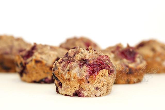 raspberry banana oatmeal muffins