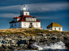 Egg Rock Lighthouse (Merilee Phillips Offline) Tags: lighthouse water rock island nikon maine rocky wave frenchmansbay barharbor eggrocklighthouse top20lh colorphotoaward d700 saariysqualitypictures magicunicornverybest sailsevenseas sbfmasterpiece shotfromabobbingboat
