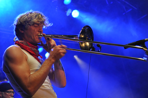 Mardi Gras Brass Band by Pirlouiiiit 22092011