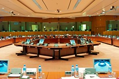 eu council conference hall (Winfried Veil) Tags: leica politik rat europa veil politics eu meeting indoor council boardroom europeanunion winfried assembly conferenceroom ec m9 assemblyhall konferenzraum eg konferenz europischeunion europeancommunity sitzung conferencehall europischegemeinschaft sitzungssaal mobilew leicam9 winfriedveil justuslipsiusbuilding