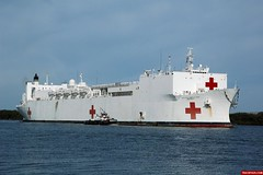 050530-N-8157C-015 (trackpads) Tags: hawaii pearlharbor mercy hospitalship tah19