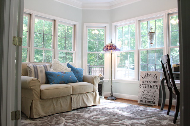 light airy sunroom decor