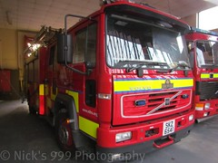 NIFRS / W4401 / SKZ 6541 / Volvo FL6H-250 / Water Rescue Ladder (Nick 999) Tags: blue red rescue water station fire lights volvo call time whiskey led equipment part crew browns leds ladder emergency firefighters appliance lisburn 999 lightbar 6541 lisnaskea retained skz northernirelandfireandrescueservice nifrs fl6h250 w4401