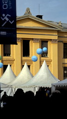 Opplys folket - - Inform the people (erlingsi) Tags: oslo norway balloons norwegen oc oker 916 telt erlingsi erlingsivertsen forskningsdagene ringexcellence opplysfolket informthepeople ballo9nger
