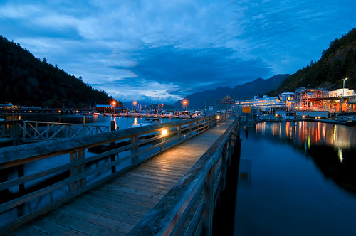 Horseshoe Bay  by petetaylor
