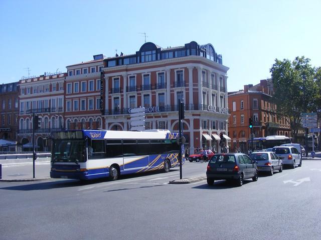 carrefour Jean Jaurès Toulouse
