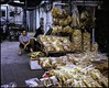 Seiche sèche ((stephenleopold)) Tags: hongkong magasin femme 香港 loose cheungchau assise driedseafood koniomegarapid virela10 gardela9 kodaknewportra400