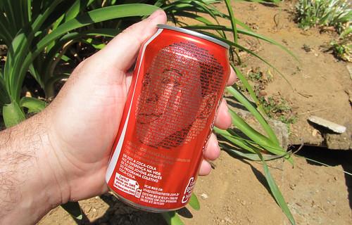 Coca-Cola lata Marcos Andre Cada Garrafa tem Uma Historia set 2011 Minas Gerais by roitberg